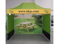 Komercio teltis, Ekju
